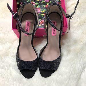 Betsy Johnson Black Glitter Sandals